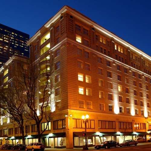 embassy suites by hilton portland downtown portland or. Black Bedroom Furniture Sets. Home Design Ideas