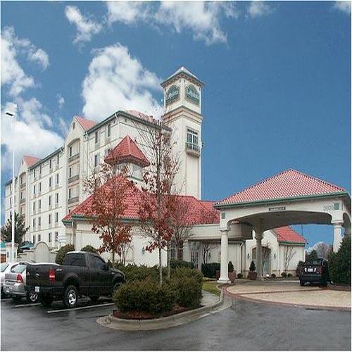 Travelers Inn Winston Salem Nc: La Quinta Inn & Suites Winston-Salem