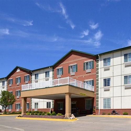Best Western Plus Des Moines West Inn  U0026 Suites