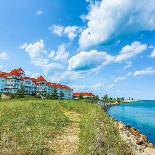 Sheboygan, Wisconsin, United States from $76 Experience the elegance of yesteryear while indulging in modern-day comforts in The Brownstone Inn, an historic inn.