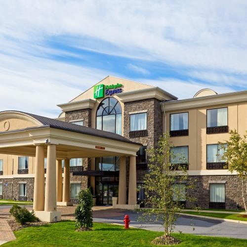 Holiday Inn Express Hotel Suites Chester Monroe Goshen Chester Ny
