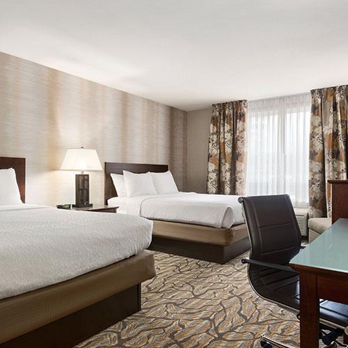 holiday inn suites gateway williamsburg va