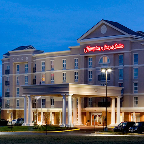 Hampton inn and suites fredericksburg va for Dixon park swimming pool fredericksburg va