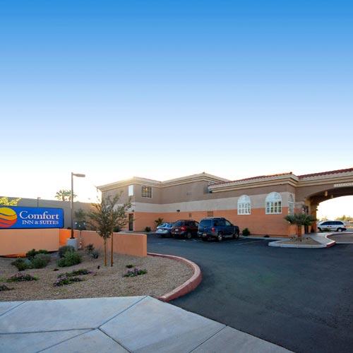 Baymont inn suites mesa mesa az for Public pools in mesa az