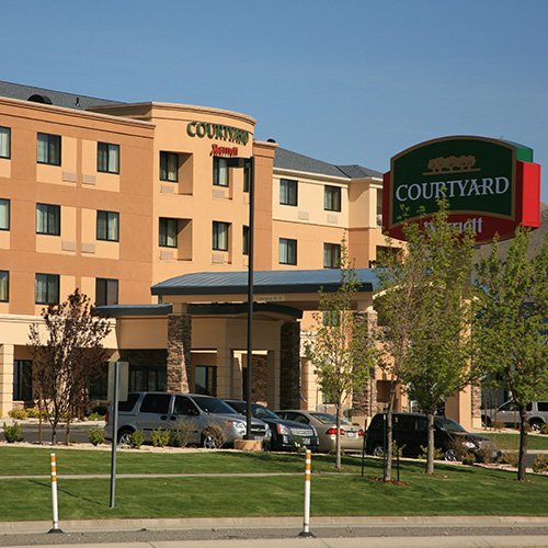 Carson City Pool: Courtyard By Marriott - Carson City NV
