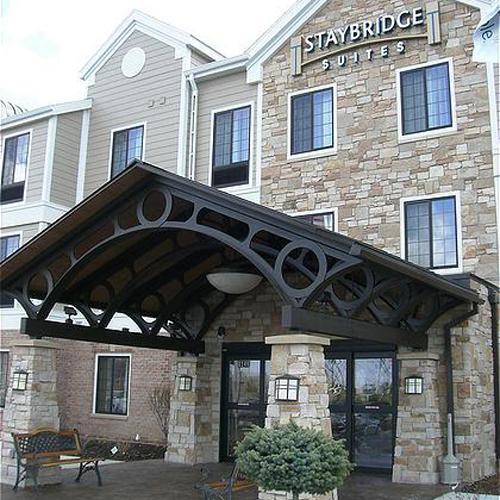 Staybridge Suites Milwaukee West Oconomowoc Wi Aaa Com