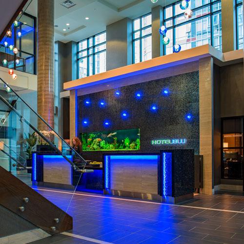 hotel blu vancouver vancouver bc. Black Bedroom Furniture Sets. Home Design Ideas