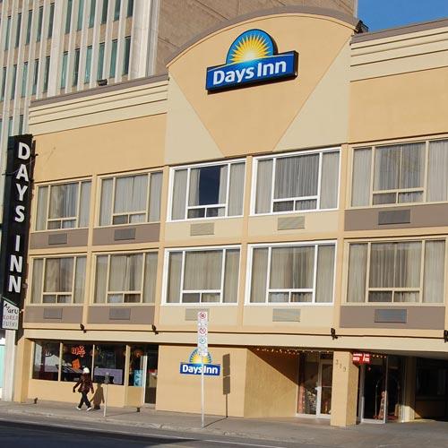 days inn downtown ottawa ottawa on. Black Bedroom Furniture Sets. Home Design Ideas