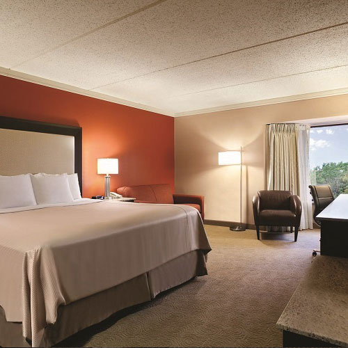 Woodcliff Apartments: Woodcliff Hotel & Spa - Fairport NY