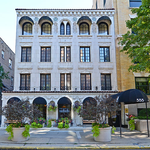 The willows hotel chicago chicago il for Hotels 60657