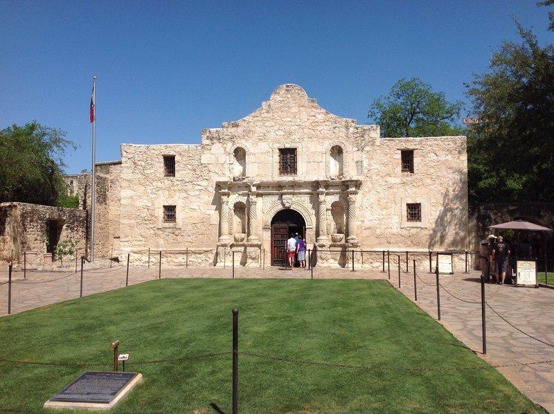 Aaa San Antonio >> AAA Travel Guides San Antonio, Texas