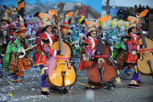 parade, colorful, string band, instruments, marching, urban