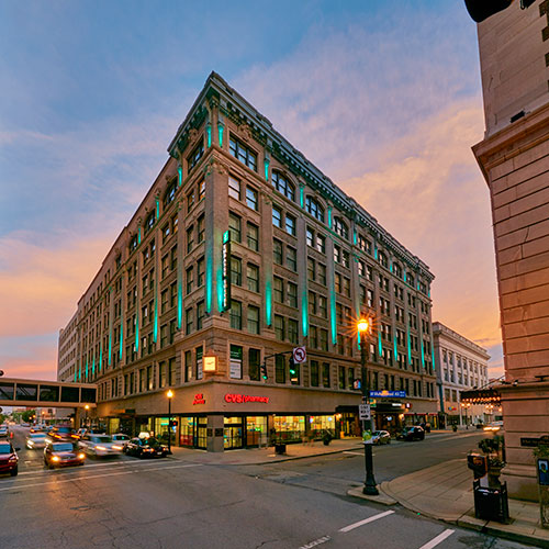4 embassy suites by hilton louisville downtown - Hilton Garden Inn Louisville Downtown