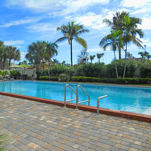 4208 Embassy Park Dr Nw Washington: Miami-Miami Beach, Florida