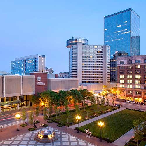 aaa travel guides hotels louisville ky - Hilton Garden Inn Louisville Downtown