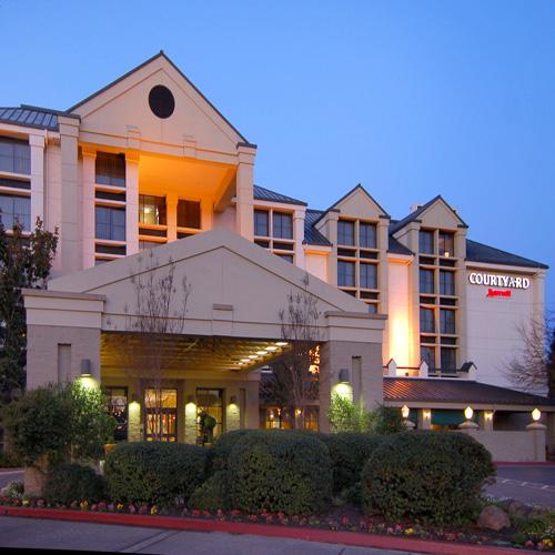 4 Courtyard By Marriott Santa Rosa