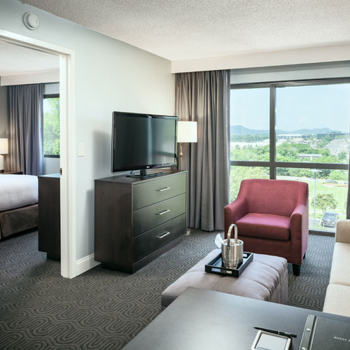 AAA Travel Guides - Hotels - Brentwood, TN